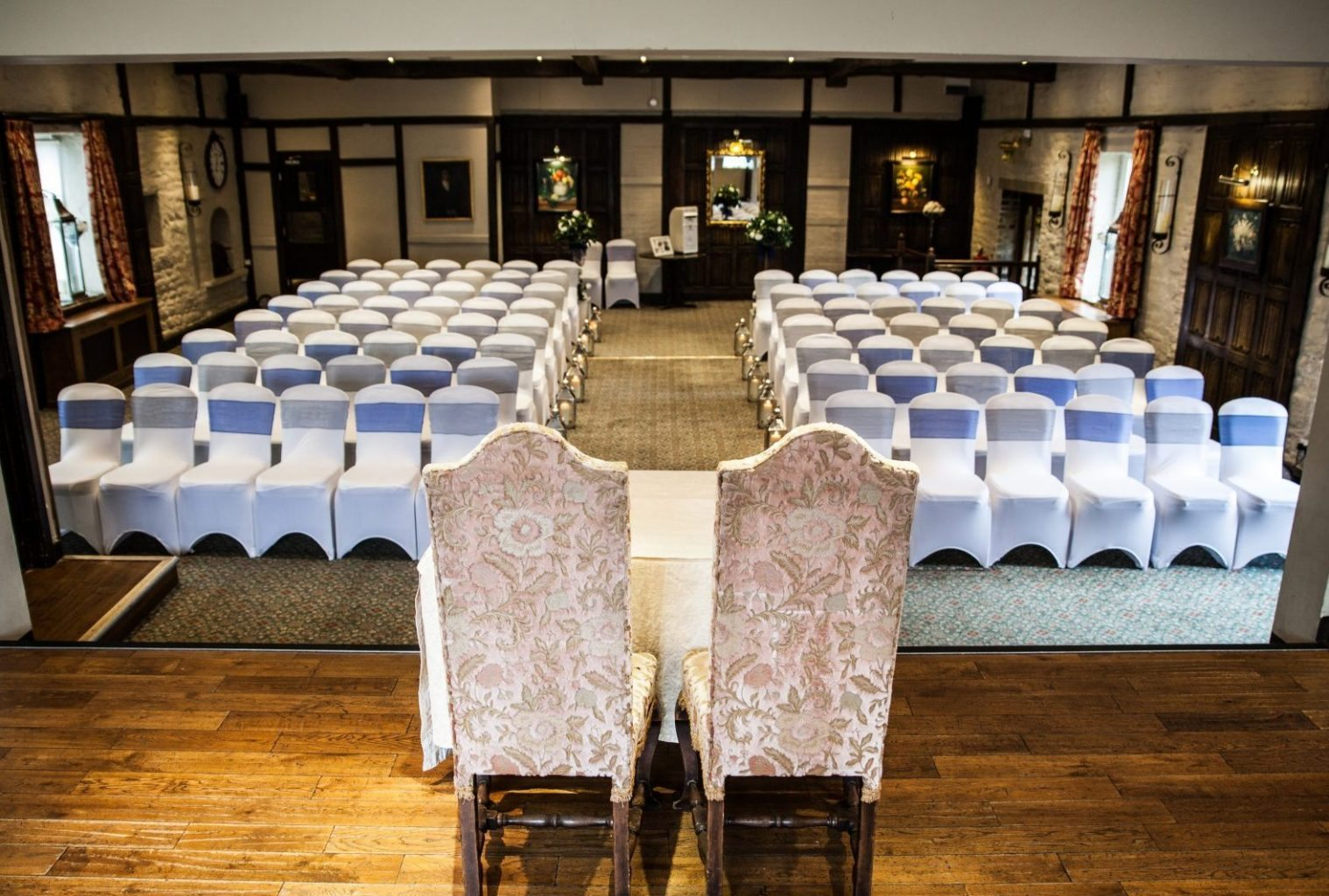 Maroon Blu Photography ceremony at Holdsworth House