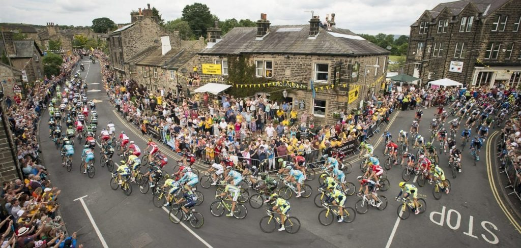 Cycling break in Yorkshire Tour de Yorkshire picture by Allan McKenzie