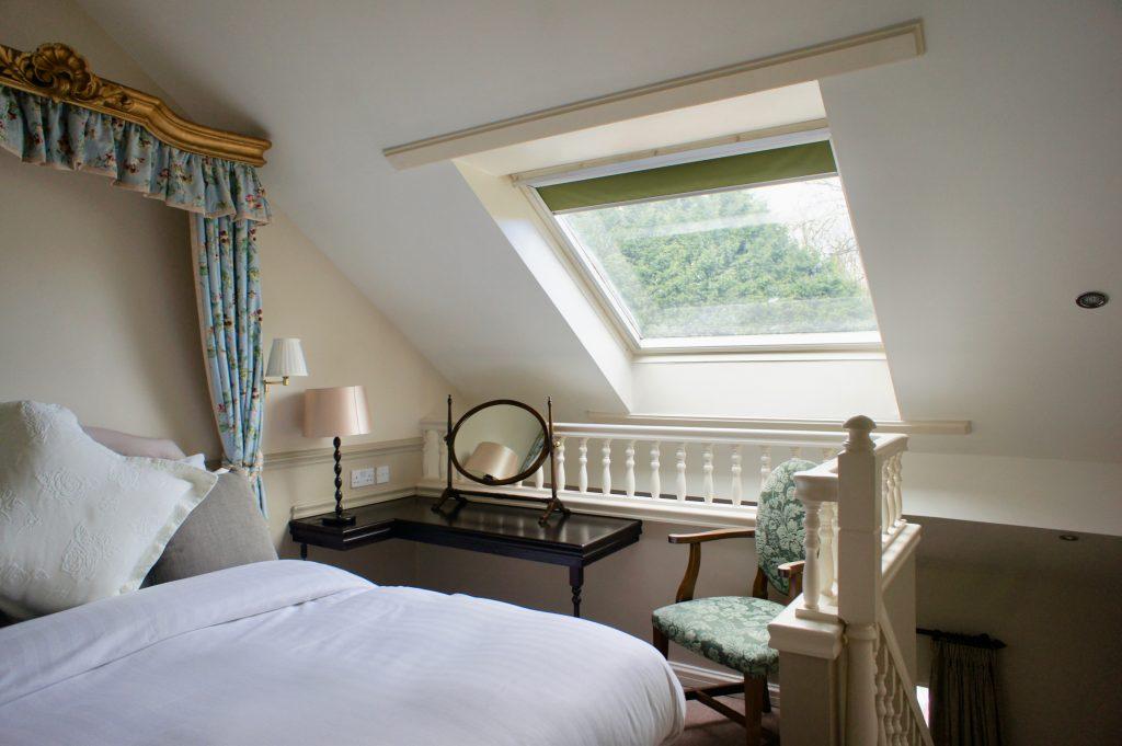 Split-level suite