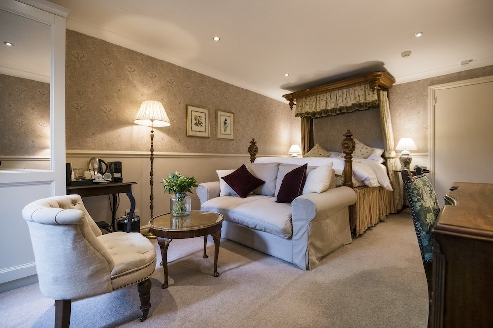 Bridal Suite at Holdsworth House