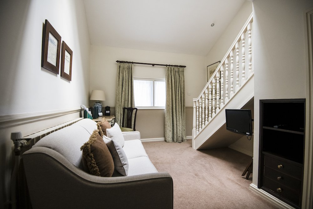 Split-level Suite, lounge