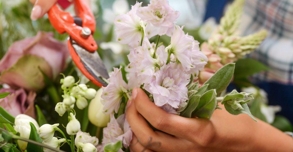 flower arranging holdsworth house