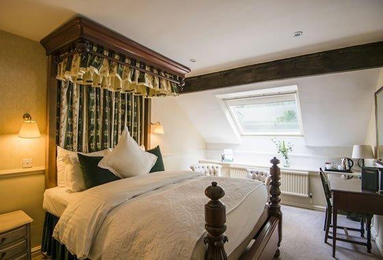 beautiful house double bedroom