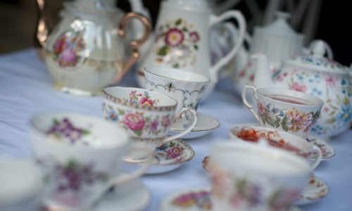 Teacups and afternoon tea wedding at Holdsworth House