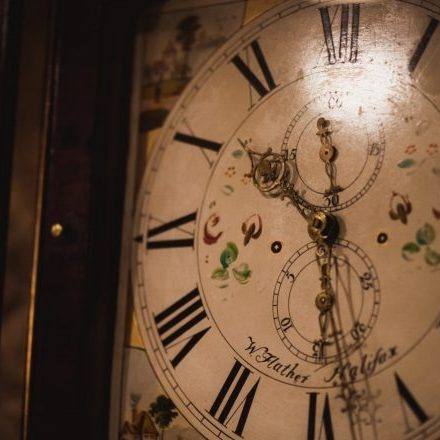 Gift vouchers Holdsworth House grandfather clock